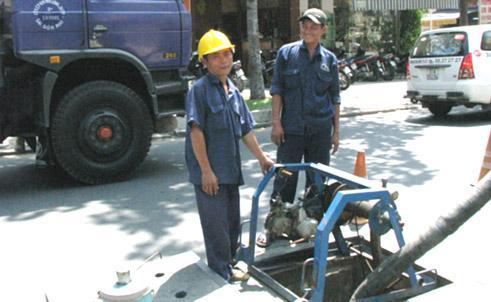 Hút bể phốt tại Long Biên nhanh chóng và sạch sẽ