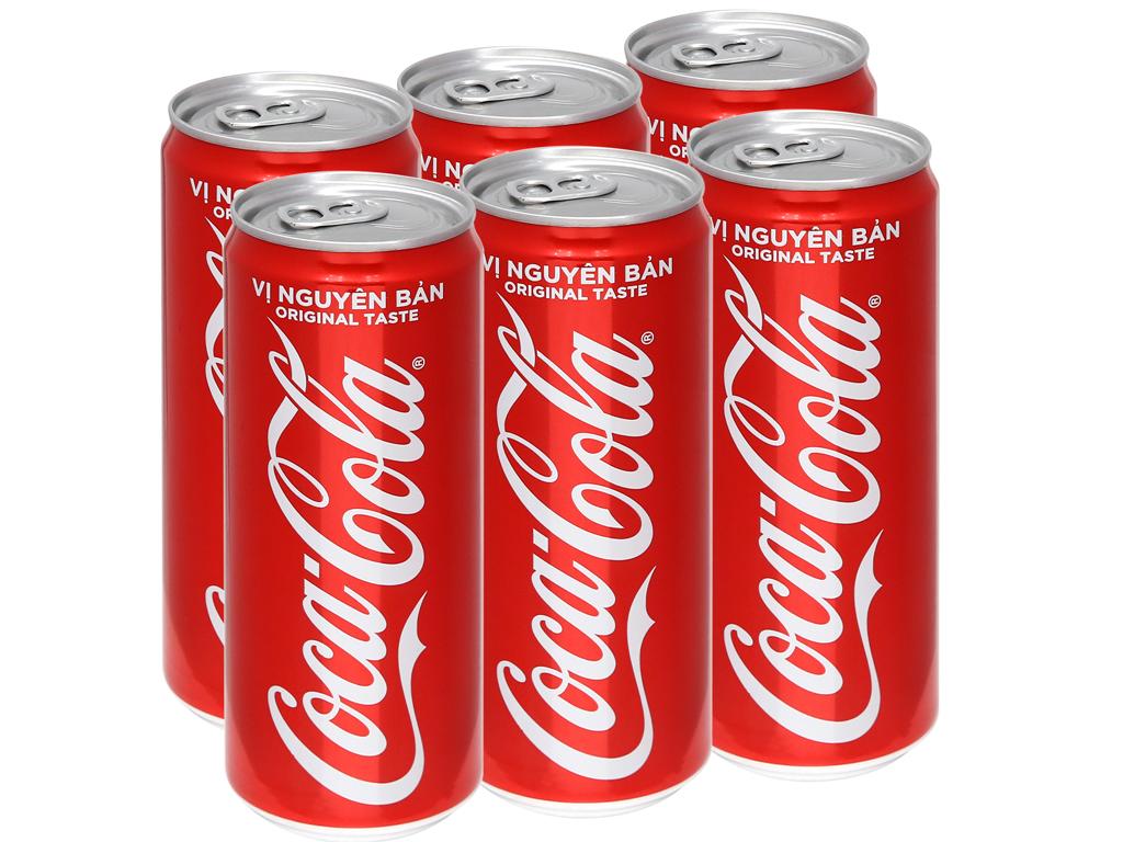 Thông tắc bồn cầu bằng nước ngọt Coca Cola