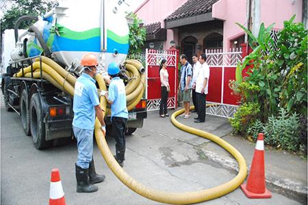 Hút bể phốt tại Dương Nội