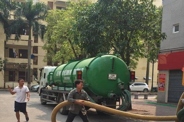 Việt Linh luôn cập nhật máy móc hiện đại để công tác hút bể phốt diễn ra nhanh chóng, đảm bảo