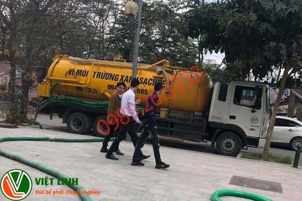 Nhân viên đang tư vấn hút tại Tân Yên