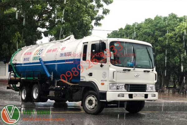 Xe hút bùn vi sinh 30 khối của Việt Linh